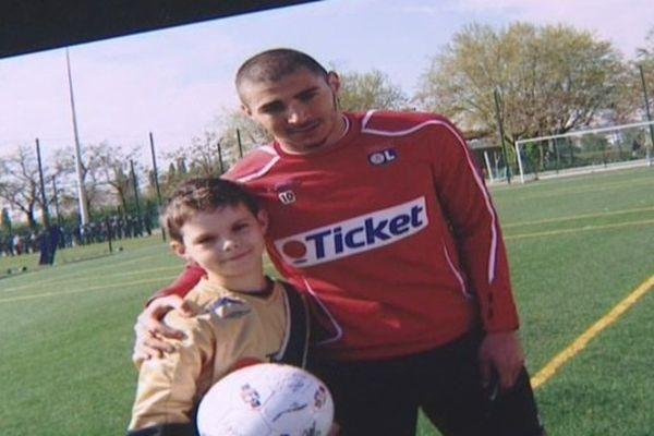 Thomas a pu réaliser son rêve : passer un jour avec l'Olympique Lyonnais
