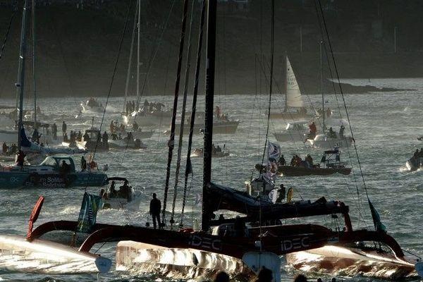 Les Ultimes, énormes formule 1 des mers, s'apprêtent à partir pour la 10ème édition de Route du Rhum, à Saint-Malo, le 2 novembre 2014
