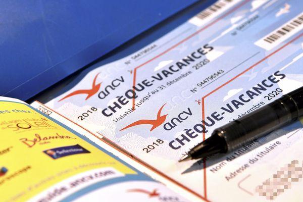 """La région Grand Est offre 100.000 chèques vacances aux """"héros du quotidiens""""."""