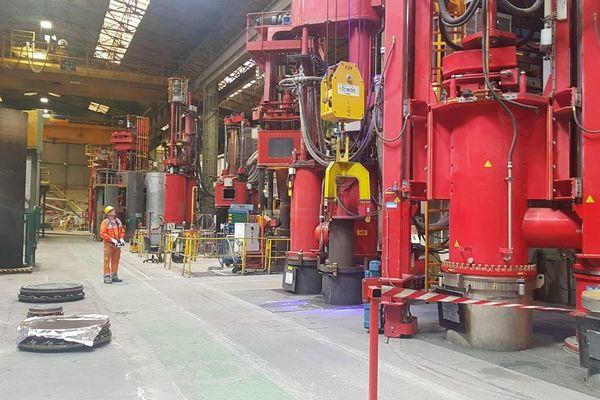 Sur le site de l'entreprise Aubert et Duval des Ancizes (Puy-de-Dôme), les annonces gouvernementales concernant le plan de sauvetage du secteur aéronautique ont rassuré les salariés.