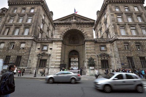 Le bâtiment de la préfecture de police de Paris situé sur l'Île de la Cité ne sera finalement pas ouvert au public.
