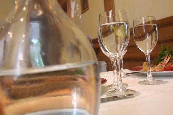 En Belgique, la carafe d'eau est rarement gratuite.