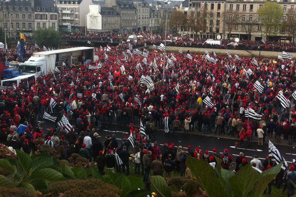 Le 2 novembre dernier à Quimper, les bretons étaient nombreux à manifester.