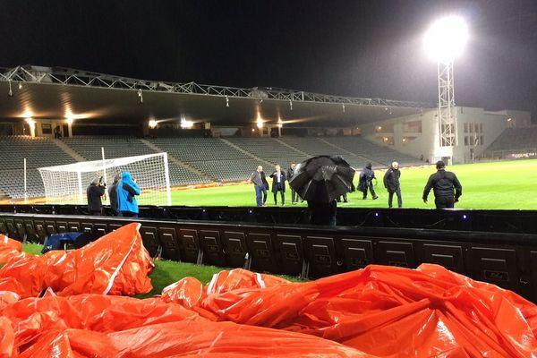 Nîmes - le match de Coupe de la ligue Nîmes-Saint-Etienne reporté à cause de la vigilance orange sur le Gard - 31 octobre 2018.