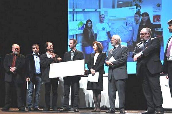 """Domocreuse remporte les """"Lumières de l'innovation 2012"""" dans la catégorie """"Démarches"""" réservée aux artisans du bâtiment"""