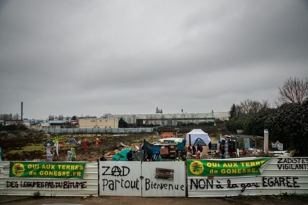 La première ZAD, Zone à défendre d'Île-de-France à Gonesse dans le Val-d'Oise.