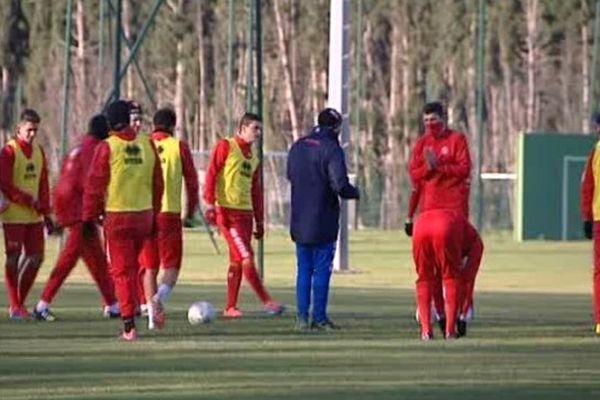 Les footballeurs nîmois à l'entraînement avant le match de Coupe de France contre Monaco. - 4/01/2015