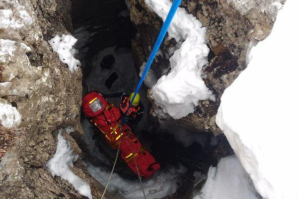 Un sauvetage au sommet de la dent de Crolles en 2015