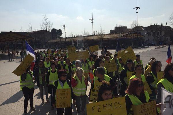 Une marche, entre femmes, dans le plus grand silence