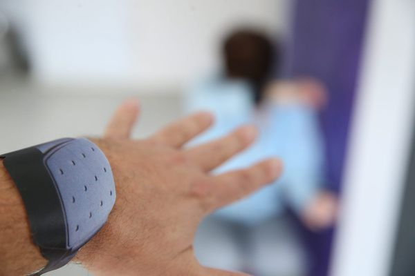 Le bracelet d'éloignement est une des mesures du Grenelle des violences conjugales de septembre 2019.