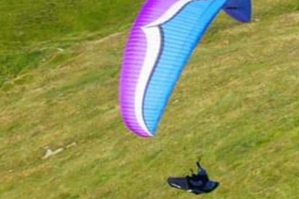 Le parapente de Didier Kalama, lors d'un vol quelques jours avant sa disparition