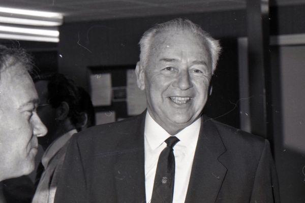Georges Chavanes avait commencé sa carrière en politique en 1986 comme député de la Charente.