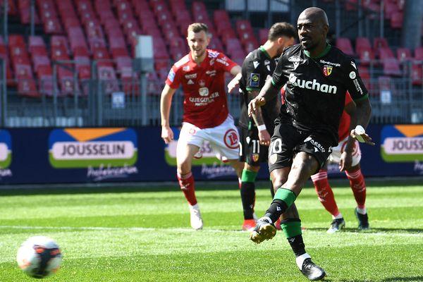 Gaël Kakuta a inscrit un but sur penalty, ce dimanche 18 avril contre Brest (1-1)
