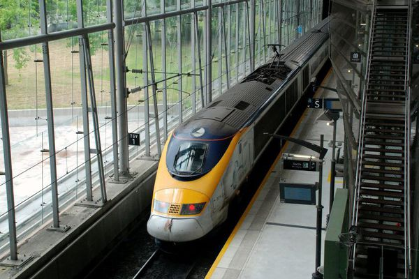 Un Eurostar en gare de Lille Europe.