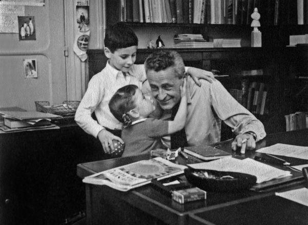 Paul-Émile Victor avec sa fille Daphné et son fils aîné Jean-Christophe