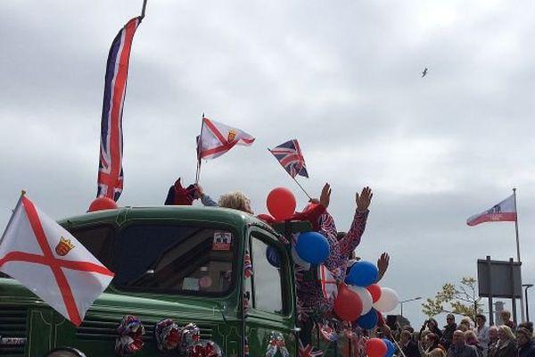 La parade des commémorations du 70ème anniversaire de la Libération des îles anglo-normandes