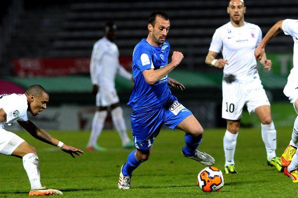 Jérôme Lafourcade a signé un doublé pour sa première titularisation de la saison à la pointe de l'attaque niortaise.