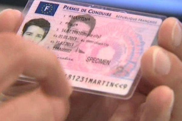Le nouveau permis de conduire imprimé à Douai.