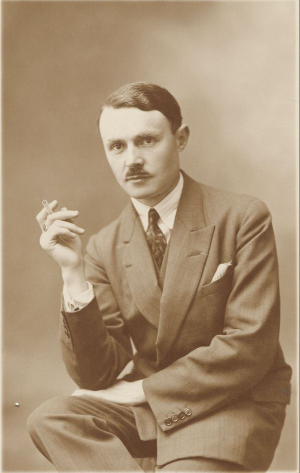 Maurice Genevoix dans les années 1920.