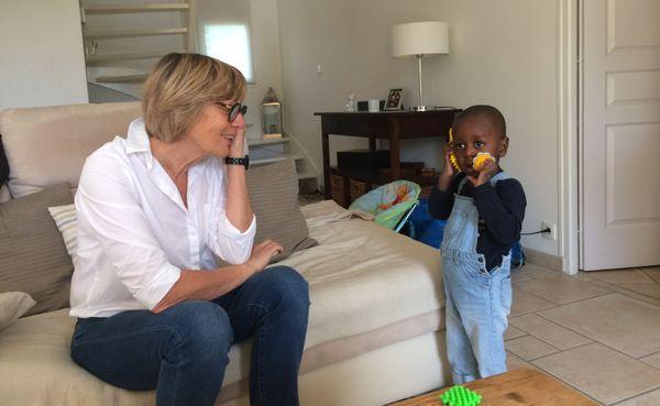 "Djabir avec Pascale Aubin, sa maman ""d'accueil"""