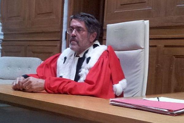 Nîmes - au dernier jour de procès, Didier Durand avocat général , au procès d'Abdelkader Azzimani et d'Abdelrrahim El Jabri - 3 juillet 2014.