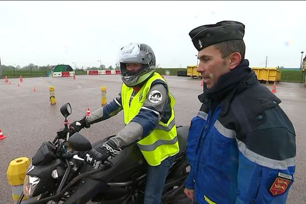 77 motards ont participé ce dimanche à la première journée moto de la gendarmerie de l'Orne