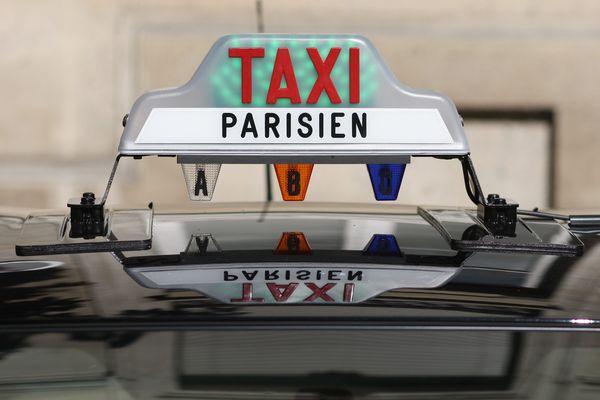 L'équipement extérieur des taxis parisiens (photo d'illustration).