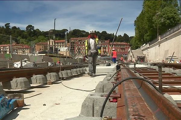 700 ouvriers à pied d'oeuvre sur le chantier de la ligne 2 du tramway