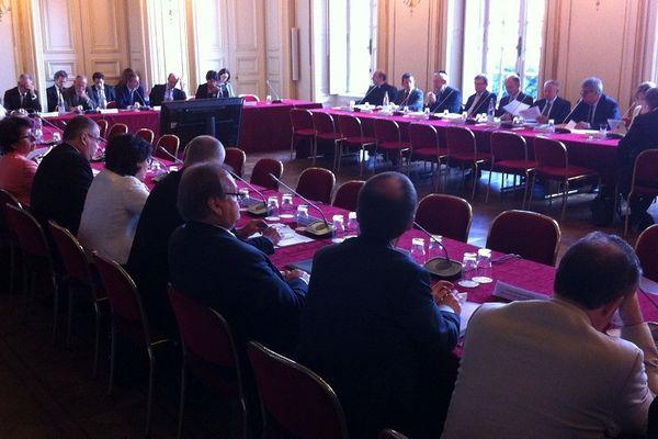 La Commission de Droit local d'Alsace-Moselle réunie à la préfecture du Bas-Rhin