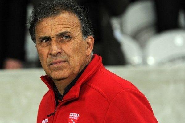 Le coach de Nîmes Victor Zvunka débarqué