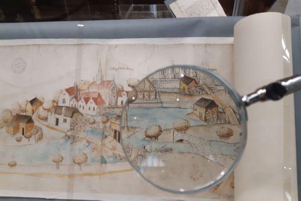 """Le rouleau de l'Aa, un dessin comme une enquête du Moyen Âge. Un des """"Trésors d'Archives"""" de la Bibliothèque de Saint-Omer."""