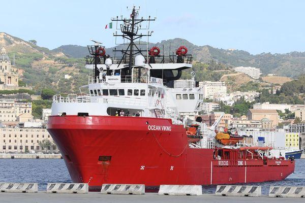 L'Ocean Viking arrivant dans le port de Messina en Italie en septembre dernier.