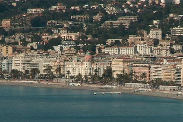 Nice est devenue la première grande ville de France à prévoir un contingent d'emplois réservés aux enfants de Harkis.
