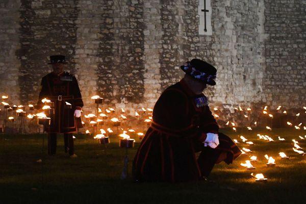 La Tour de Londres illuminée chaque soir jusqu'au 11 novembre pour commémorer le centenaire de l'armistice