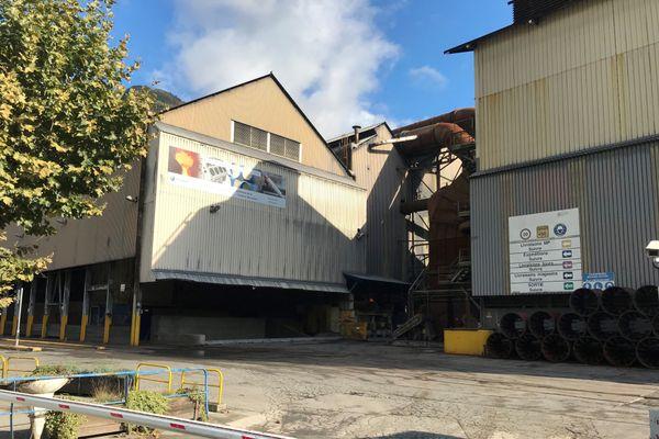 Une assemblée générale s'est tenue, ce lundi 12 octobre, sur le site FerroPem de La Léchère (Savoie) pour informer les employés du plan de restructuration de l'entreprise.