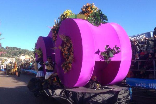 Une grande majorité des fleurs viennent de la région selon les organisateurs.