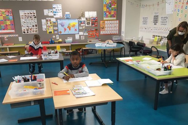 L'école Germaine-Tillion de Toulouse a rouvert, le mardi 12 mai, après deux mois de confinement.
