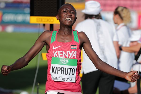 Le Kényan Rhonex Kipruto bat le record du monde junior des 15 km du Puy-en-Velay, mercredi 1er mai, avec 41 mn. et 55 secondes. Il visait au départ le record du monde senior. Photo d'archives.
