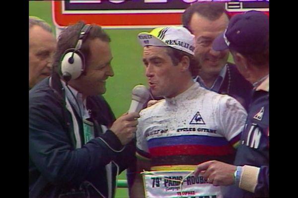 Bernard Hinault interviewé après sa victoire sur le 79e Paris Roubaix
