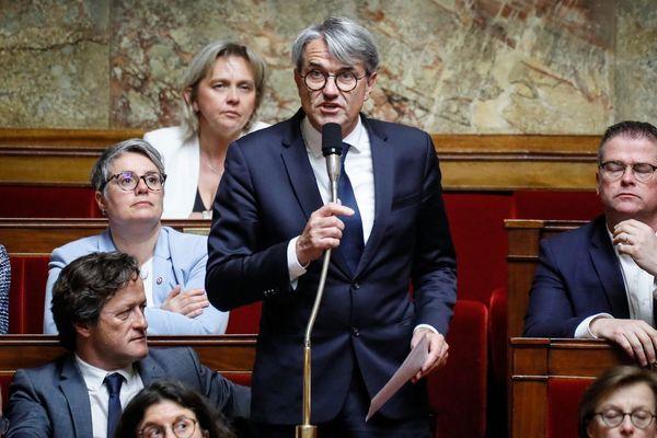 Pierre Cabaré à l'Assemblée nationale