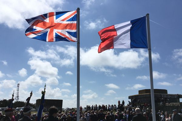 Cérémonie d'hommage à Noirmoutier aux 4000 victimes du Lancastria de 1940