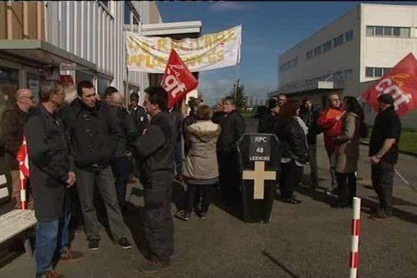 Les 48 salariés de Promens se sont mis en grève. Ils rencontreront les élus en fin de semaine.