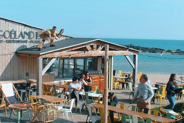"""La cinquième saison du restaurant de plage """"le Goéland 1951"""" se fera... ou pas."""