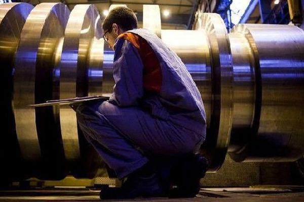 Le secteur de l'industrie recherche du personnel.