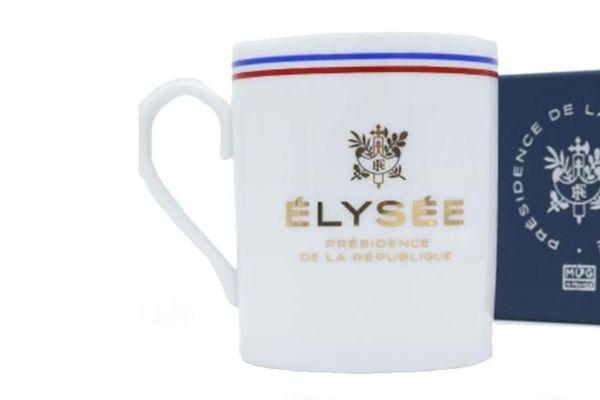 """Les premiers mugs proposés sur la boutique étaient estampillés à tort """"porcelaine de Limoges""""  (Capture d'écran boutique elysee.fr)"""