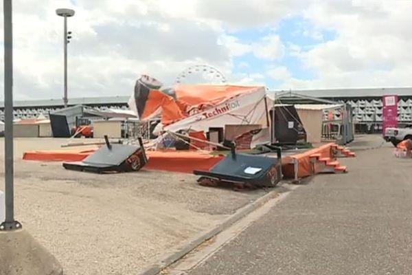 Le hall 4 du parc des expositions de Bordeaux-lac a dû être évacué lors de la tempête Miguel