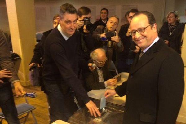 Le président de la République a voté à Tulle