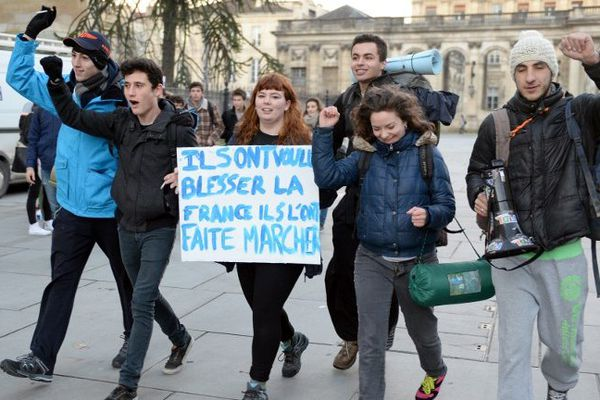 Le départ de la marche des lycéens bordelais le mardi 13/01/2015