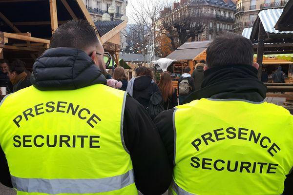 Grenoble a choisi de ne pas céder, en renforçant les moyens de sécurité
