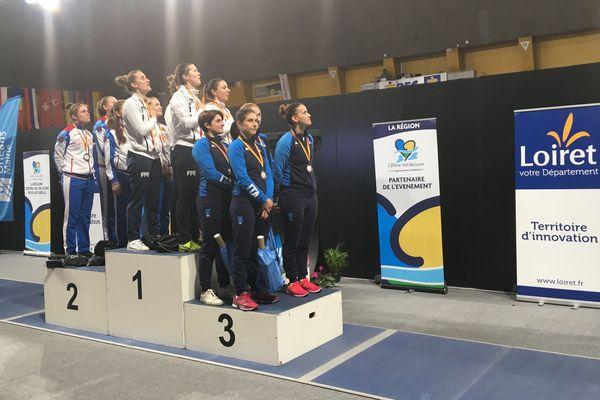 Championne du monde, l'équipe de France de sabre dames remporte la coupe du monde d'Orléans, 45-43 en finale face à la Russie. L'Italie complète le podium.
